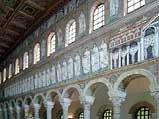 Интерьер церкви   Сан-Аполлинаре Нуово
