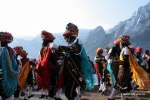 Карнавал Баголино - танцовщики - ballari