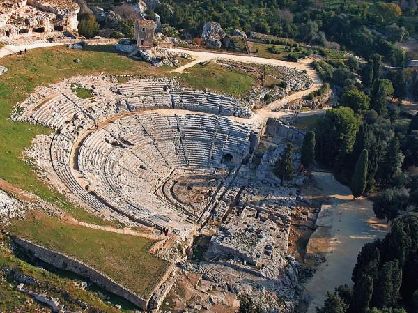 Греческий вмфитеатр в Сиракузах